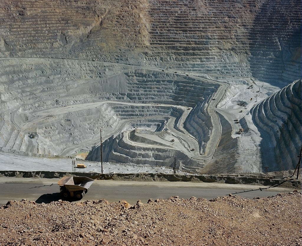 The proposed mine will be 3 times the size of the Kennecott mine shown here. Image borrowed from https://fishermenforbristolbay.org/pebble-mine/